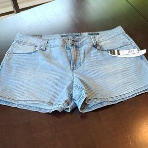 Mid rise jean shorts